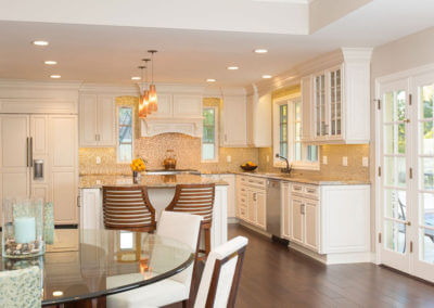 Classic Corona del Mar Kitchen