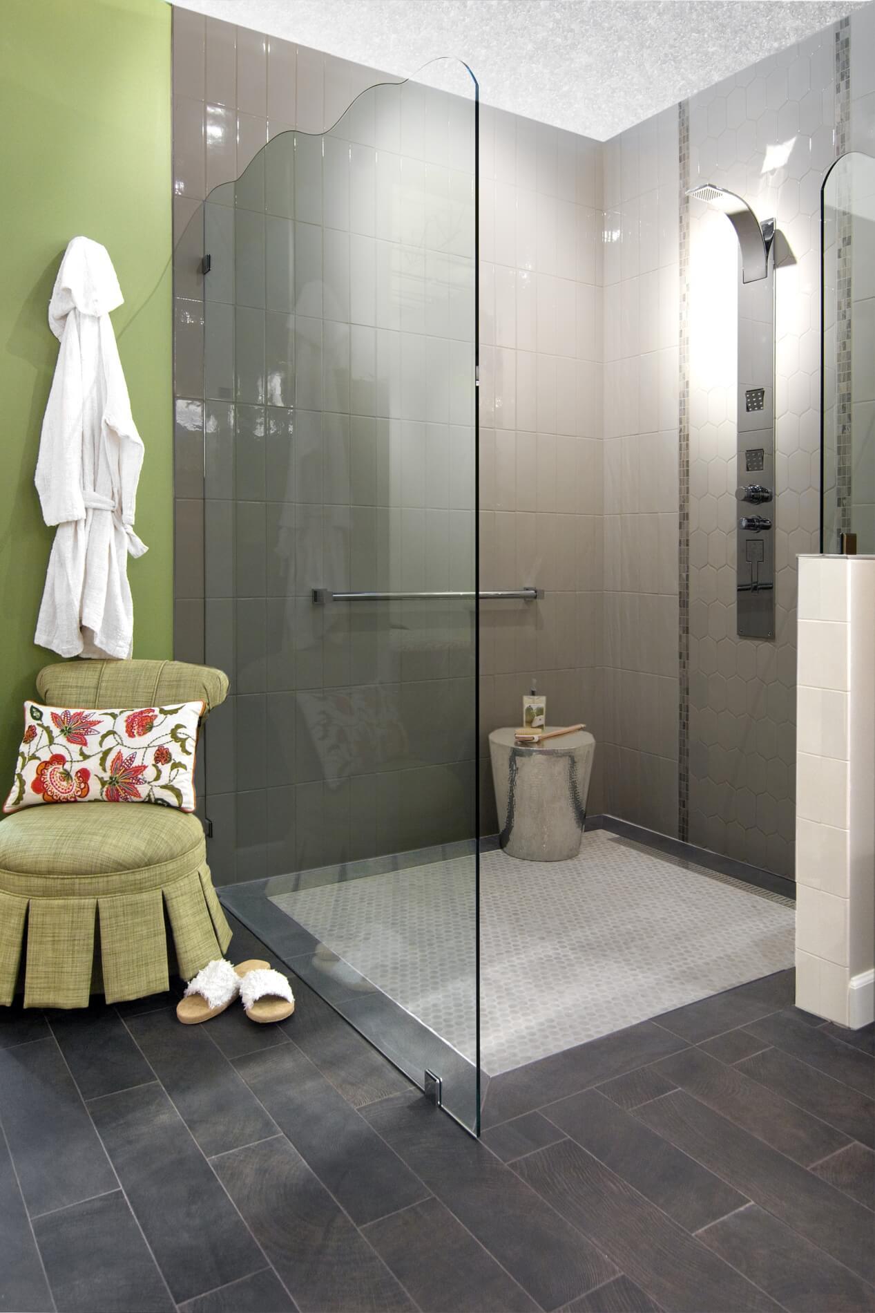Shower w-Ceiling