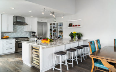 light kitchen design with vaulted ceilings