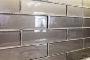 gray subway tile back splash