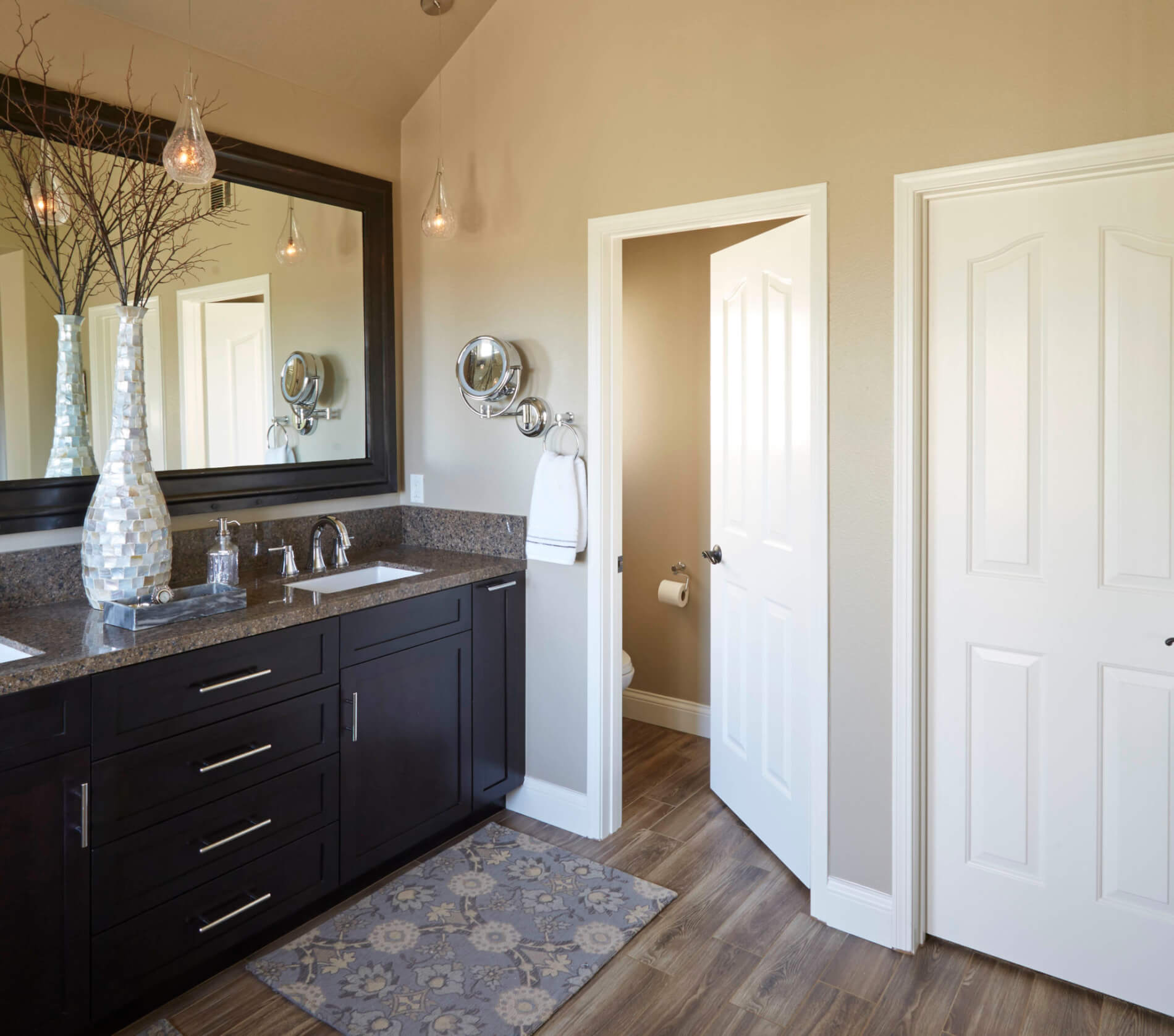 Large Bathroom Remodeling Companies