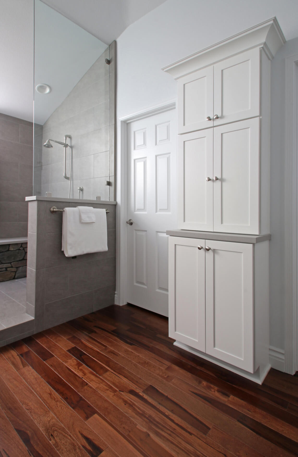 Bathroom Storage Remodel Newport Beach, Newport Beach Storage in Bathroom, Orange County Home Remodeling