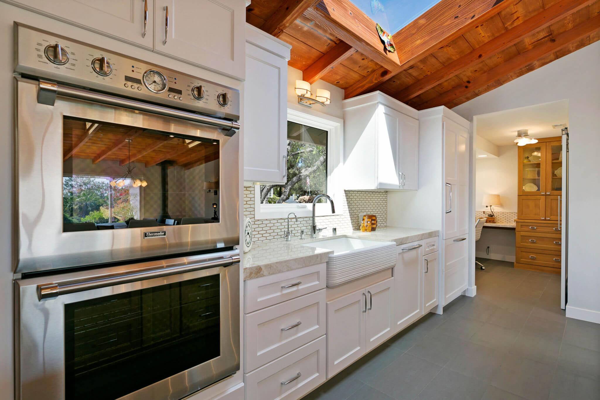Custom Kitchen Cabinetry, White Kitchen Design Orange County, Orange County Custom Kitchen Home Remodeling