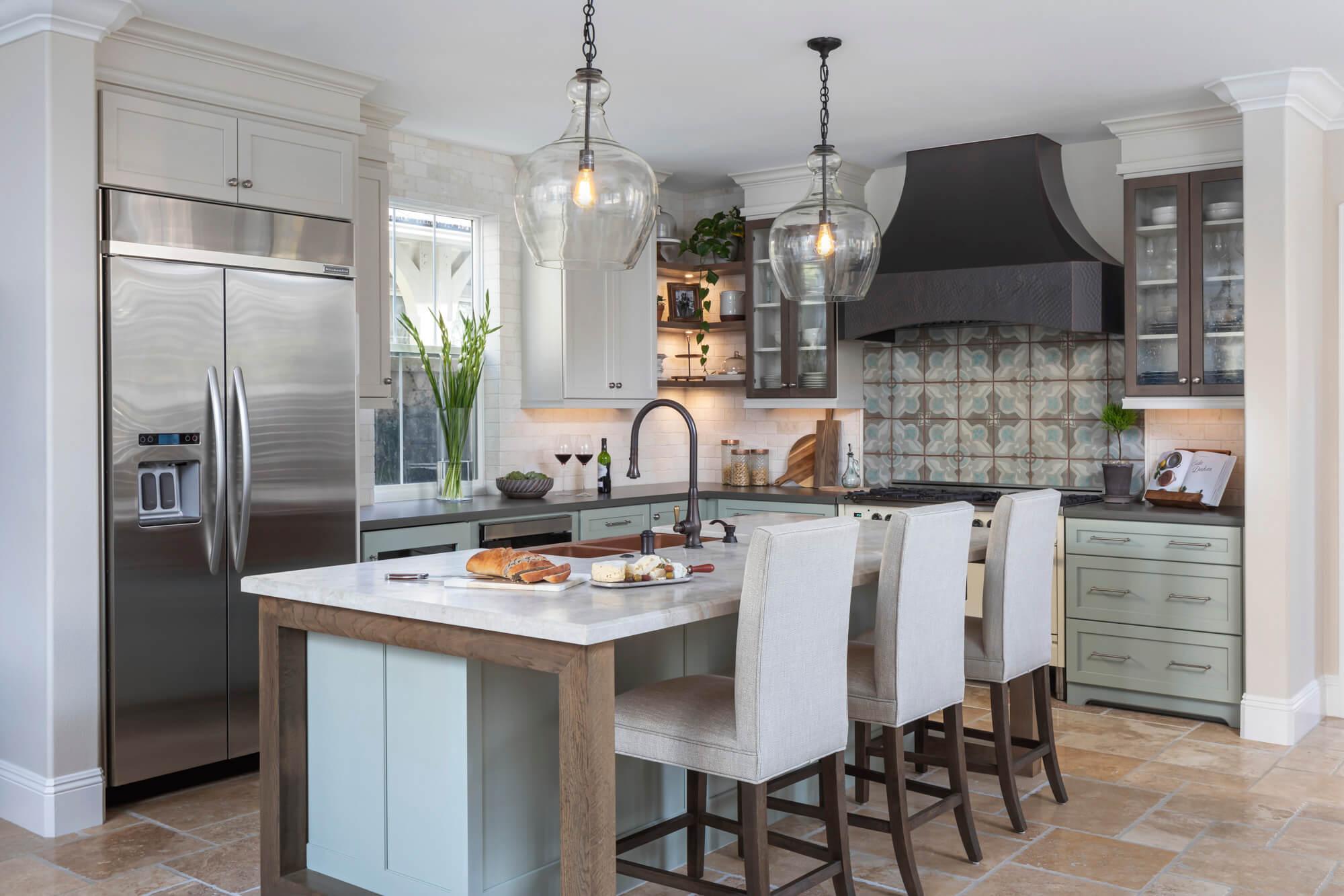Natural-woods-kitchen-design-in-remodel