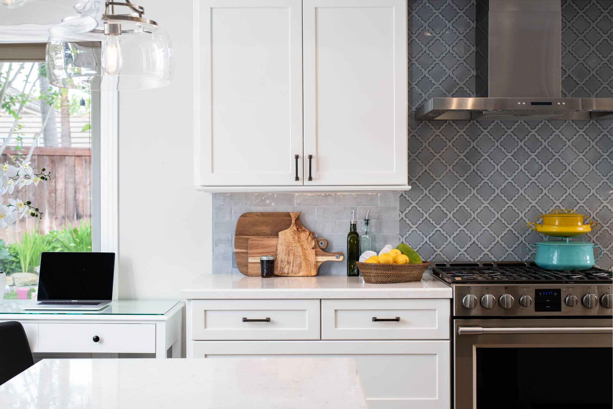 Wolf-gray-kitchen-design