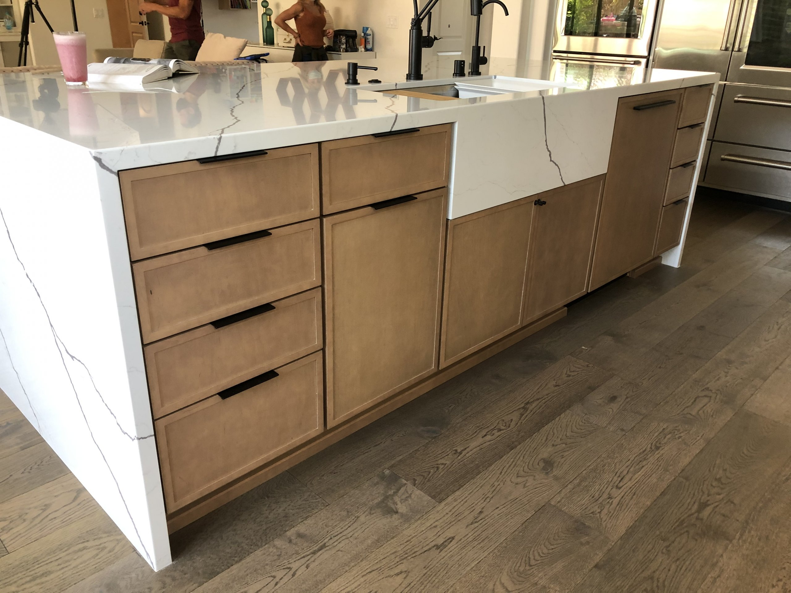 Custom quartz farm sink apron