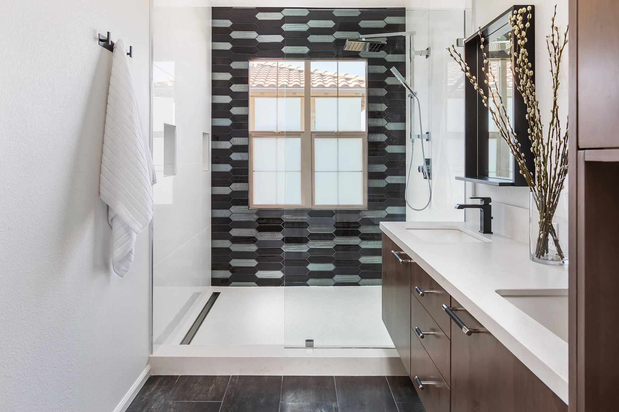 Foothill Ranch mater bathroom shower with custom tile
