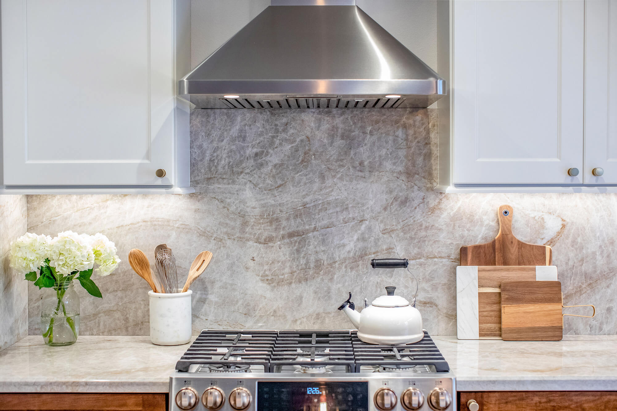 Stainless-steel-and-trending-kitchen-designs