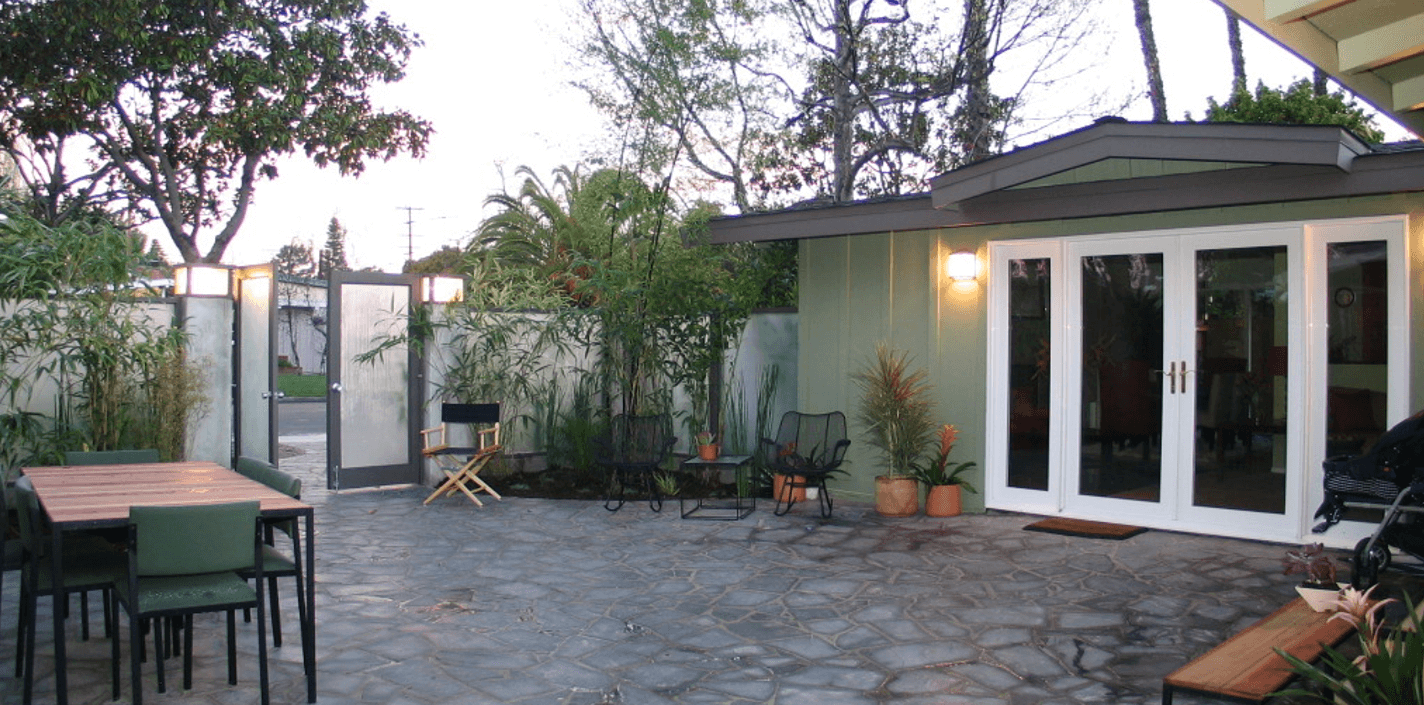 Patio-reveal-by-extreme-makeover-home-edition-and-SeaPointe-Construction