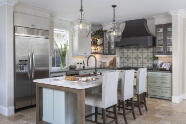 Pottery-barn-pendants-kitchen-remodel