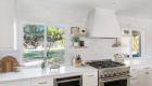 White-kitchen-hood