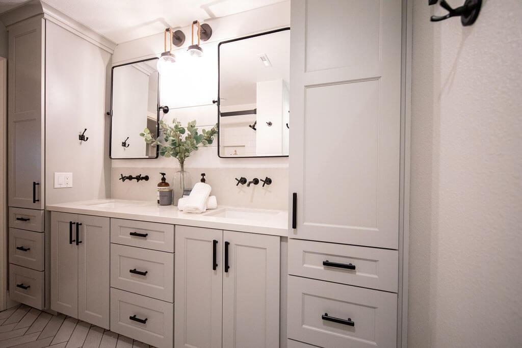 bathroom-storage-space