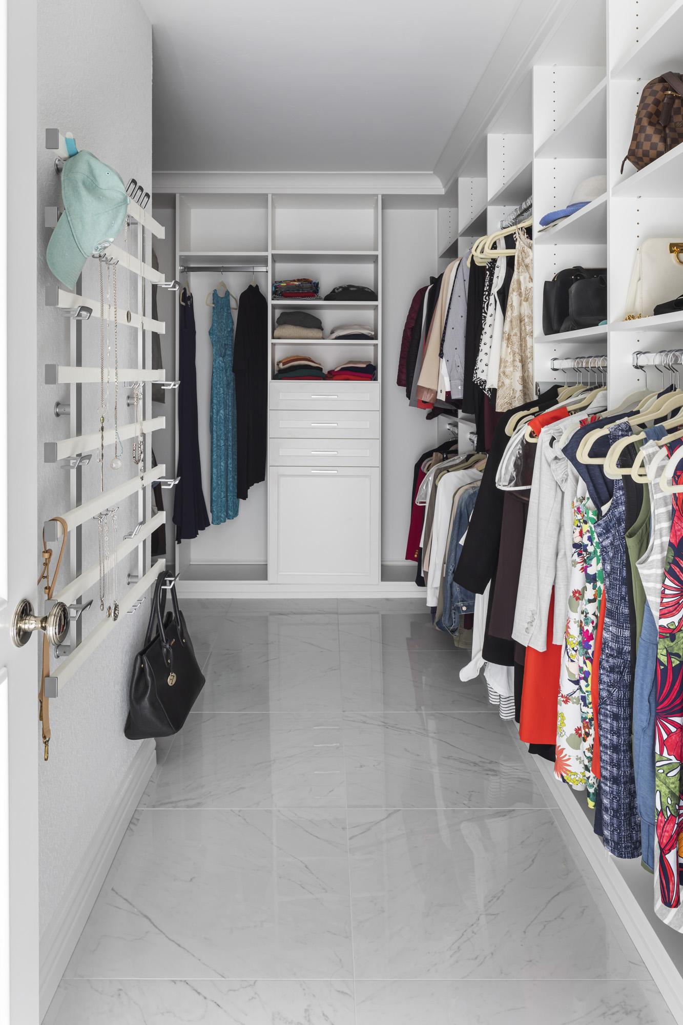 Master-Suite-Walk-in-Closet