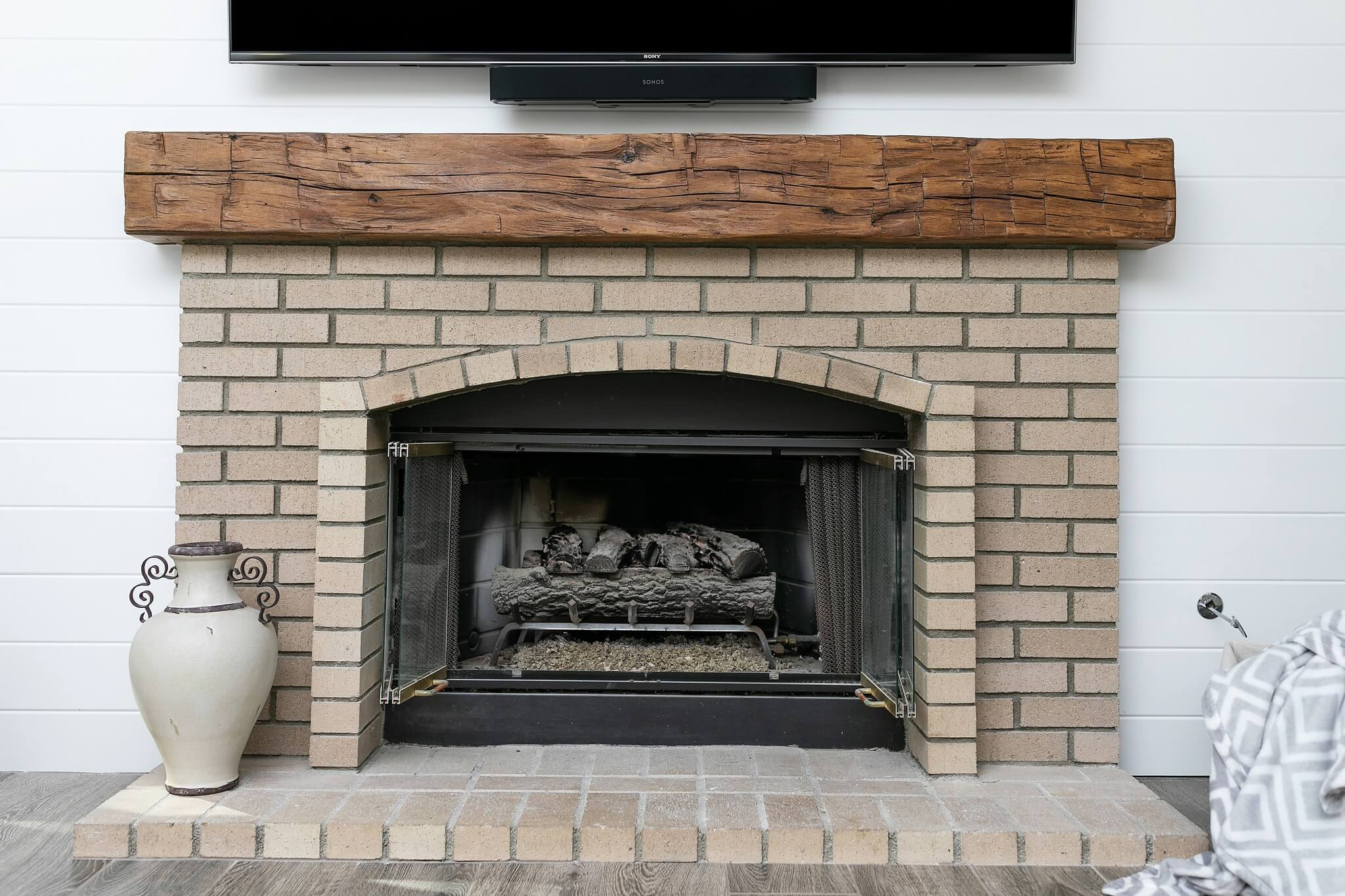 Fireplace-in-farmhouse-home-remodel