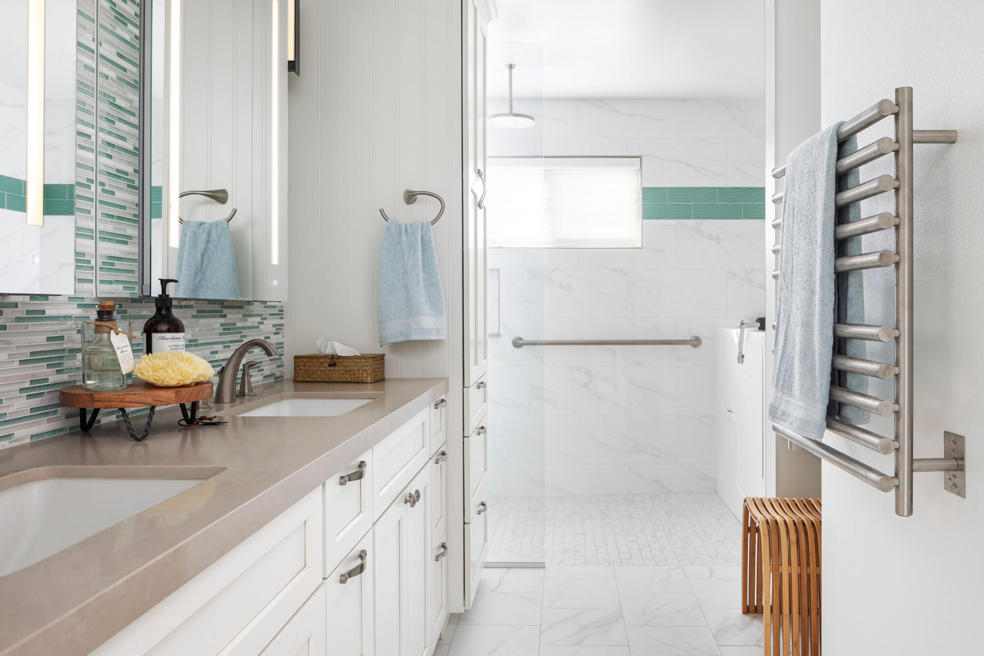 Heated-porcelain-flooring-in-bathroom-remodel