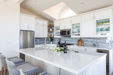 Kitchen-island-with-dining-bar-seating-for-family-dinners-in-remodel
