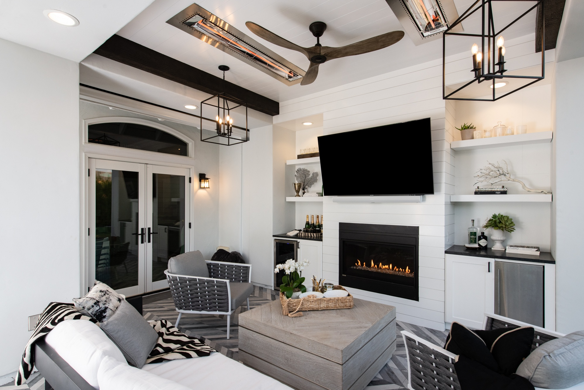 open layout in outdoor living