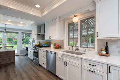 Should You Hire a Kitchen Remodeling Contractor?